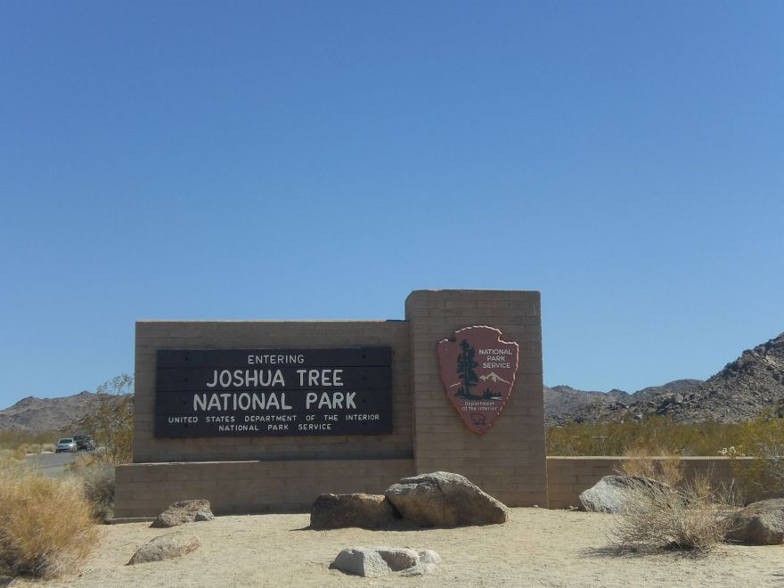 Entrance sign Joshua Tree National Park
