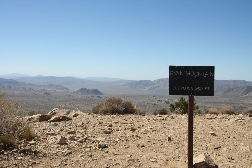 Ryan Mountain summit sign