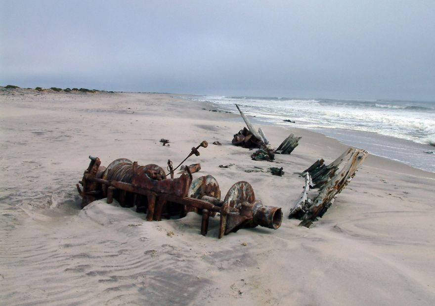 Ship wreck at the Skeleton Coast