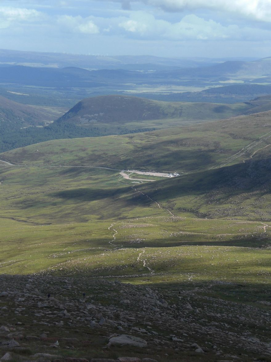 Hiking trail Cairngorms